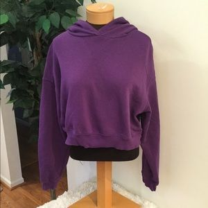 ⭐️. H&M purple hooded crop size large